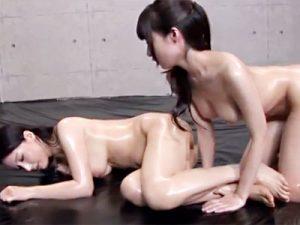 【キャットファイトレズ動画】武器(道具)の使用は一切禁止w己の肉体のみで相手をイカせる女の本気バトルww